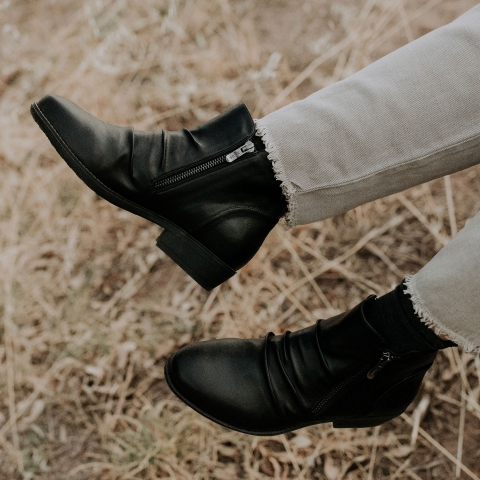 WIDE FIT HEATH Vegan Sustainable Ankle Boots